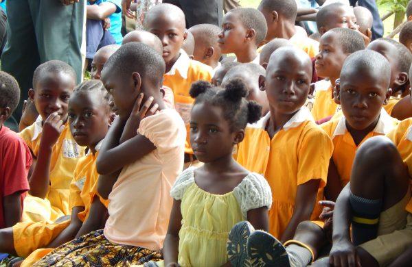 children at Chain
